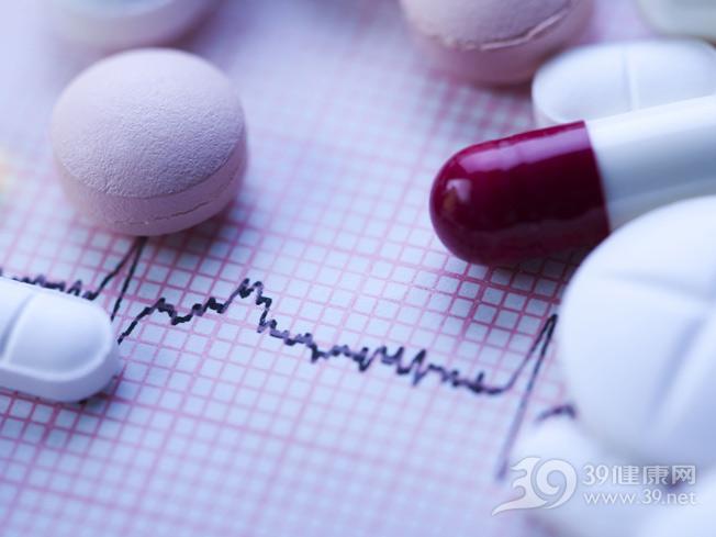 药片-胶囊-药品-片剂_7383005_xxl.jpg