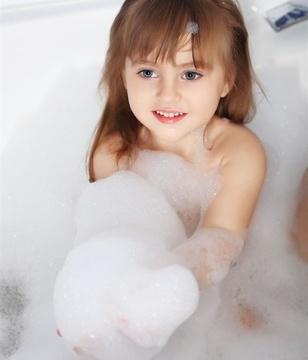 女性冬季如何洗澡