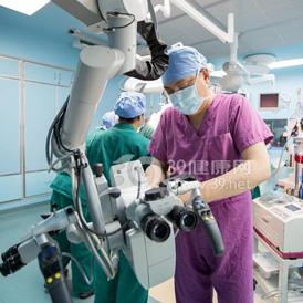 暨大附一医院成功切除巨大动脉瘤