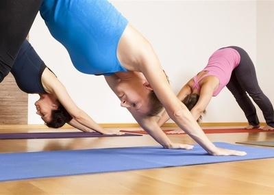 十个瘦腿瑜伽动作重塑腿部肌肉线条