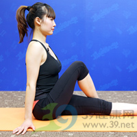 扭转式产后瘦腹瑜伽2