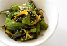 秋季润燥养生减肥菜:荷塘小炒