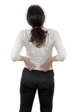 放松和纤细手臂的两个简单的减肥瑜伽动作(照片)