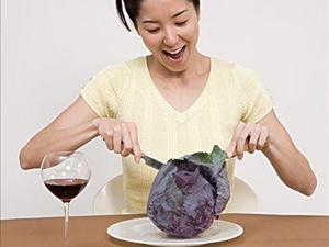 多吃卷心菜可防经前综合征