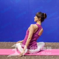 腰旋转式瘦腰瑜伽7
