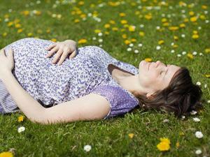 孕中期妈咪试试阳光胎教法