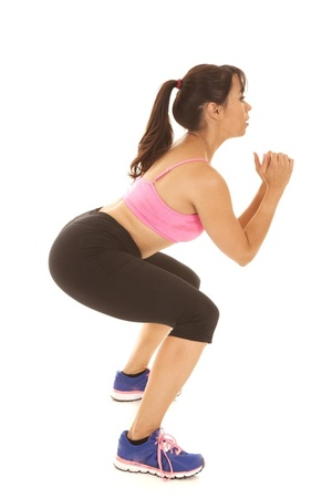 毛巾减肥瑜伽创造最性感双腿的三个动作(照片)