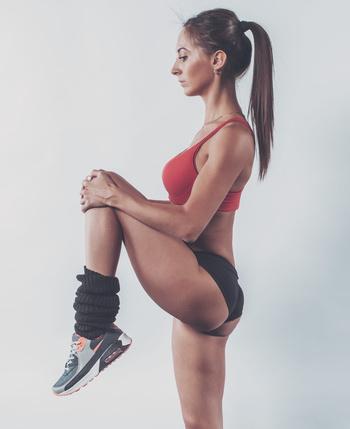 简单的单向减肥瑜伽快速瘦身(照片)