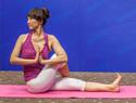 扭身祈祷式瑜伽
