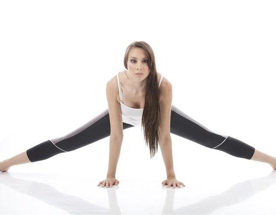 哑铃瘦腿锻炼方法图解