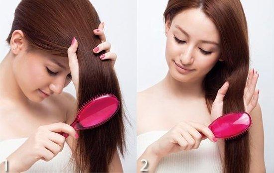 分类2 : 护发梳   日本制的护发梳,多在梳齿或梳子底部上添加胺基酸、护发精油等保养成分,藉由梳发附着于发丝上,适合毛躁发的人使用,可以增加头发光泽,梳起来较滑顺,这类梳子多以不耐热的树脂或橡胶类材质制成,不可搭配吹风机使用,也不能搭配造型品使用,但此类梳子有其使用期限,护发成分会逐渐使用完毕。   护发梳顺发步骤