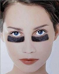 女性黑眼圈可能预示妇科疾病