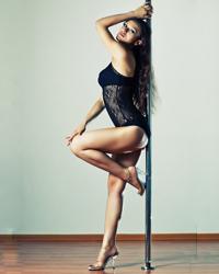 研究证明:腰细臀大的女人最吸引男人