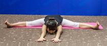 下期主题:坐角式瘦腿瑜伽
