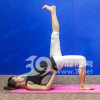斜式变形式瘦腿瑜伽5