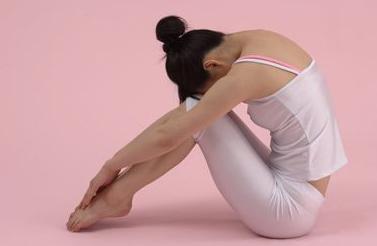 产后减肥瑜伽最适合新妈妈(照片)