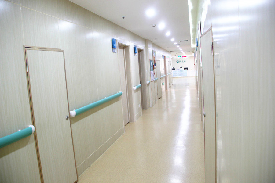 病房走廊一角