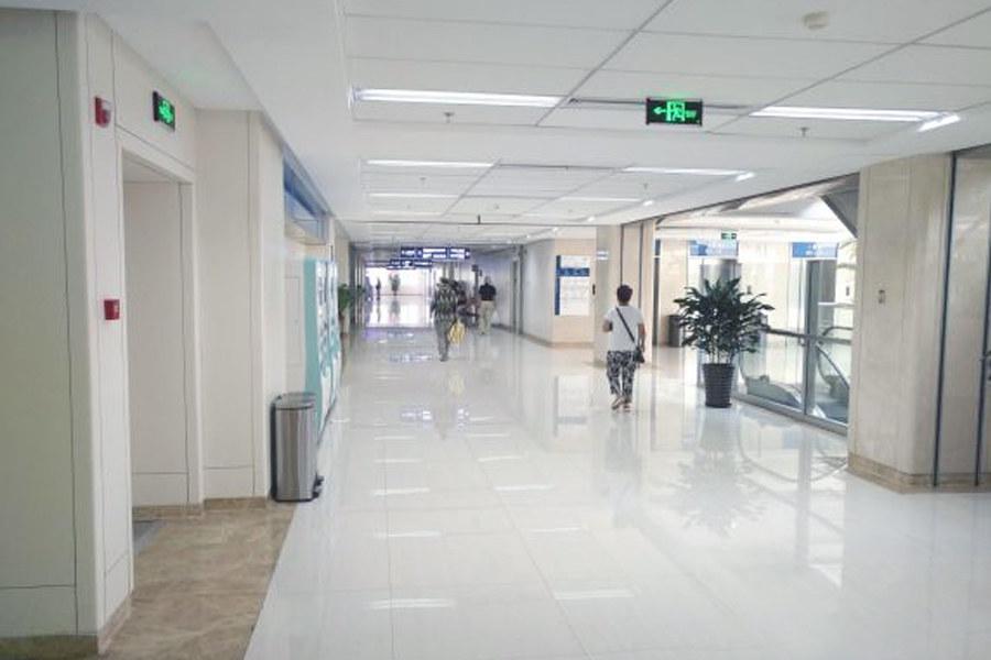 民航走廊.jpg