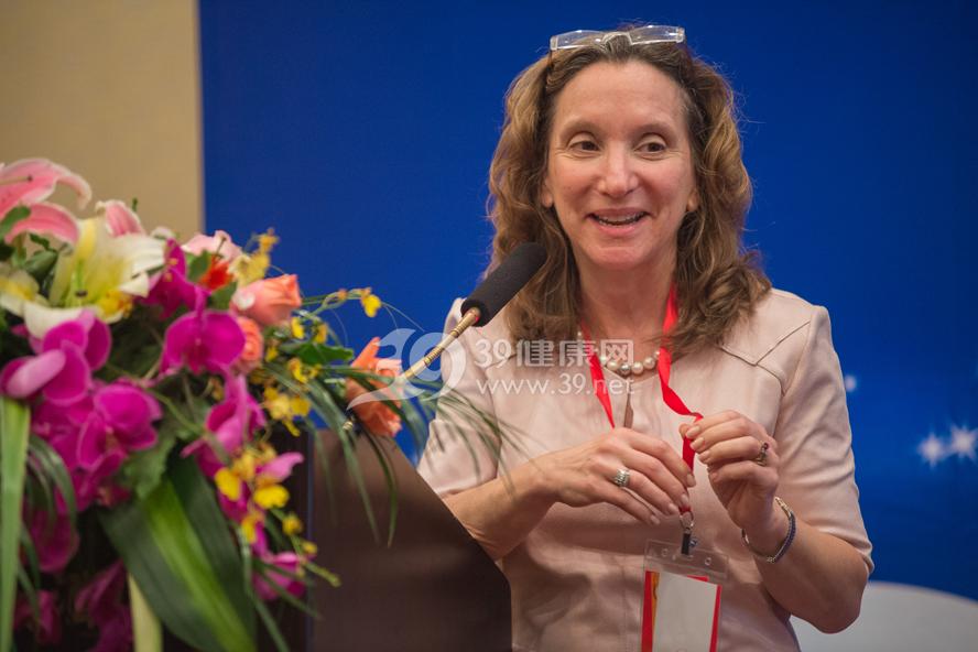和睦家医疗集团董事长Roberta Lipson