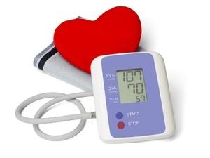 欧姆龙智能电子血压计HEM-7112 五大功能为健康筑起防线