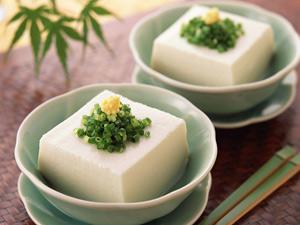 多食豆腐豆浆 防乳癌抗衰老