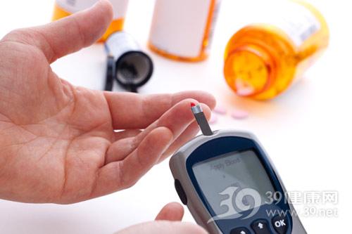 糖尿病-血糖仪-验血