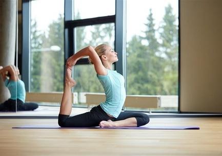 15分钟强化减肥瑜伽(照片)