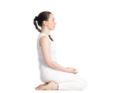 什么瑜伽动作可以让你丰胸,教你一个简单的动作(照片)