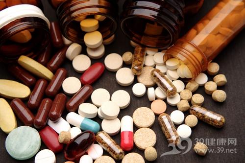 家庭药箱,感冒药,助消化药