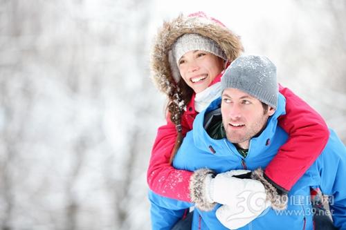 青年 男 女 冬天 寒冷 下雪 帽子 大衣 羽绒_15892706_xxl