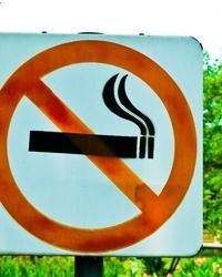 吸烟和腰痛有关系吗?