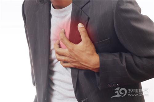 青年 男 心脏 心痛 疼痛 胸部_14301121_xxl