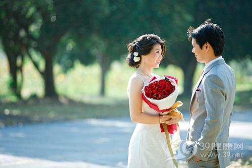 情侣 夫妻 爱情 玫瑰 婚纱照 结婚_11772352_xxl