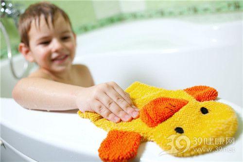 孩子 男 洗澡 小黄鸭_6077177_xxl