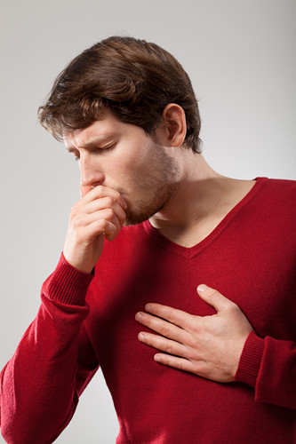 男 咳嗽 肺部 胸口