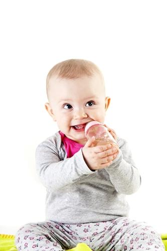 婴幼儿 奶瓶 喝水_13400796_xxl