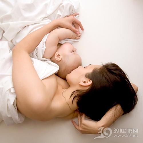 母子 亲子 婴儿 母亲 睡觉_13063531_xl