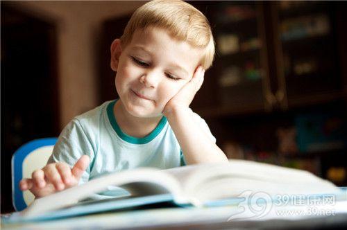 孩子 男 学习 看书 阅读_11381762_xl