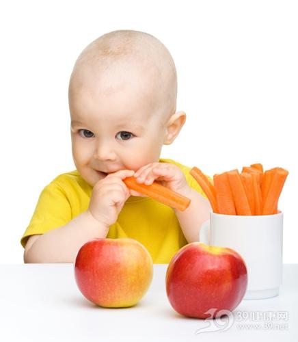 孩子 吃东西 水果 蔬菜 胡萝卜 苹果_9609743_xxl