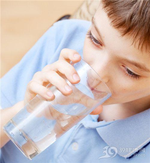 孩子 女 喝水 水杯_13084752_xxl