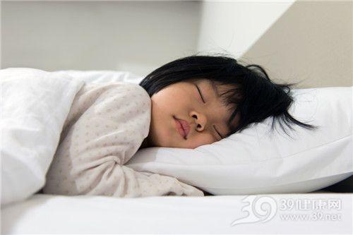 孩子 女 睡觉 床_21089823_xxl