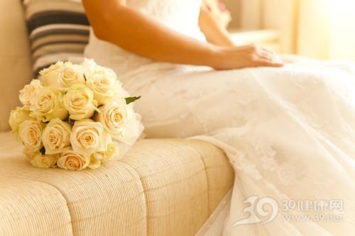 青年 女 结婚 婚纱 花球 爱情 婚礼_15978913_xxl