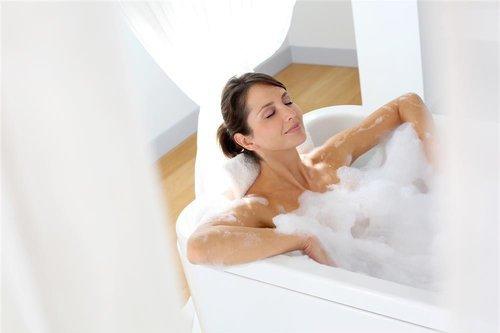 女性-洗澡