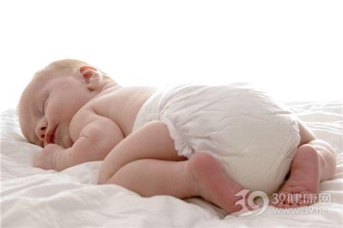 婴儿 新生儿 睡觉 纸尿裤 尿不湿_2421452_xl