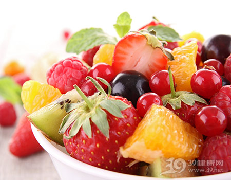 水果-沙拉-草莓-奇异果-橙子-树莓-樱桃_13314331_xxl