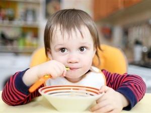 孩子慎吃复方感冒药