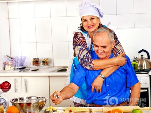 中老年 男 女 厨房 煮食 烹饪_31450619_xxl