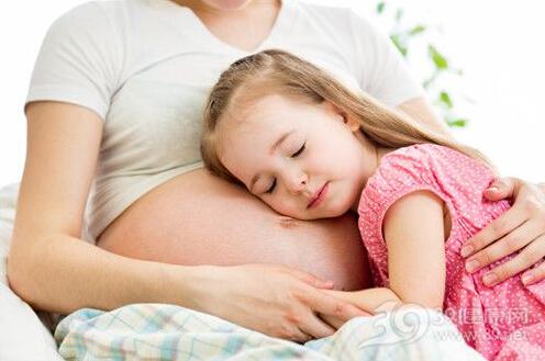 如果你想生第二个孩子,在巧克力囊肿手术后,不要犹豫,尽早为怀孕做准备。