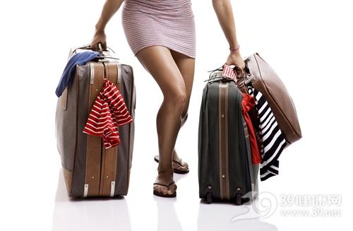 青年 女 行李 行李箱 衣服 旅行_ 12955171_xxl