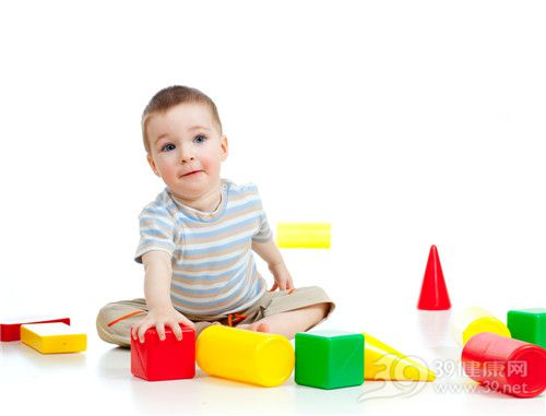 家长们当心!宝宝胆红素高或致听力障碍